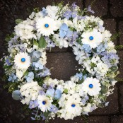 Blue Diamond Loose Wreath