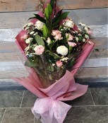 Traditional Flat Bouquet