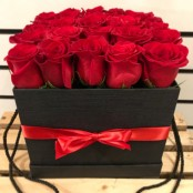 Square hat box roses